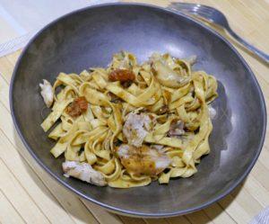 Tagliatelles au lapin, sauce aux anchois