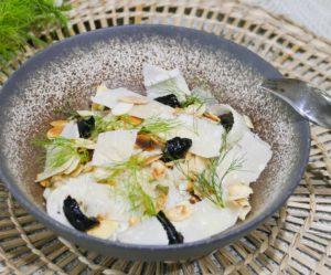 Salade de fenouil, sauce aux anchois