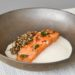 Saumon, crème d'ail fumé d'Arleux, quinoa grillé