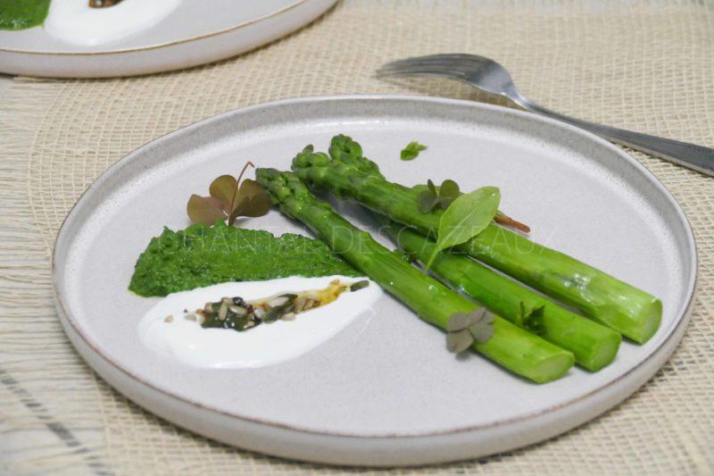 Asperges vertes, oseille, yaourt brebis - Recette Olivier Nasti